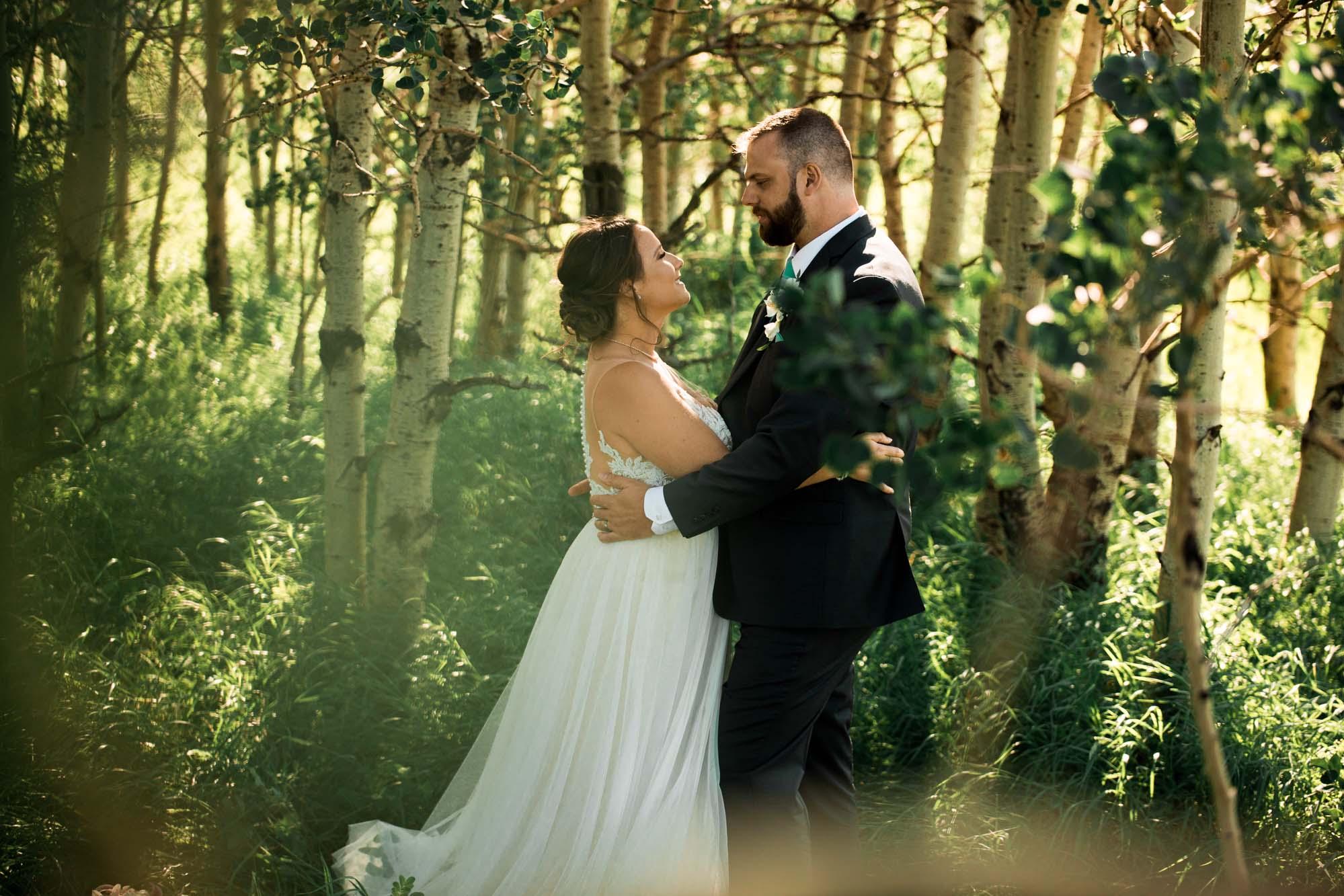Calgary wedding photographer - Nose Hill Park wedding photography