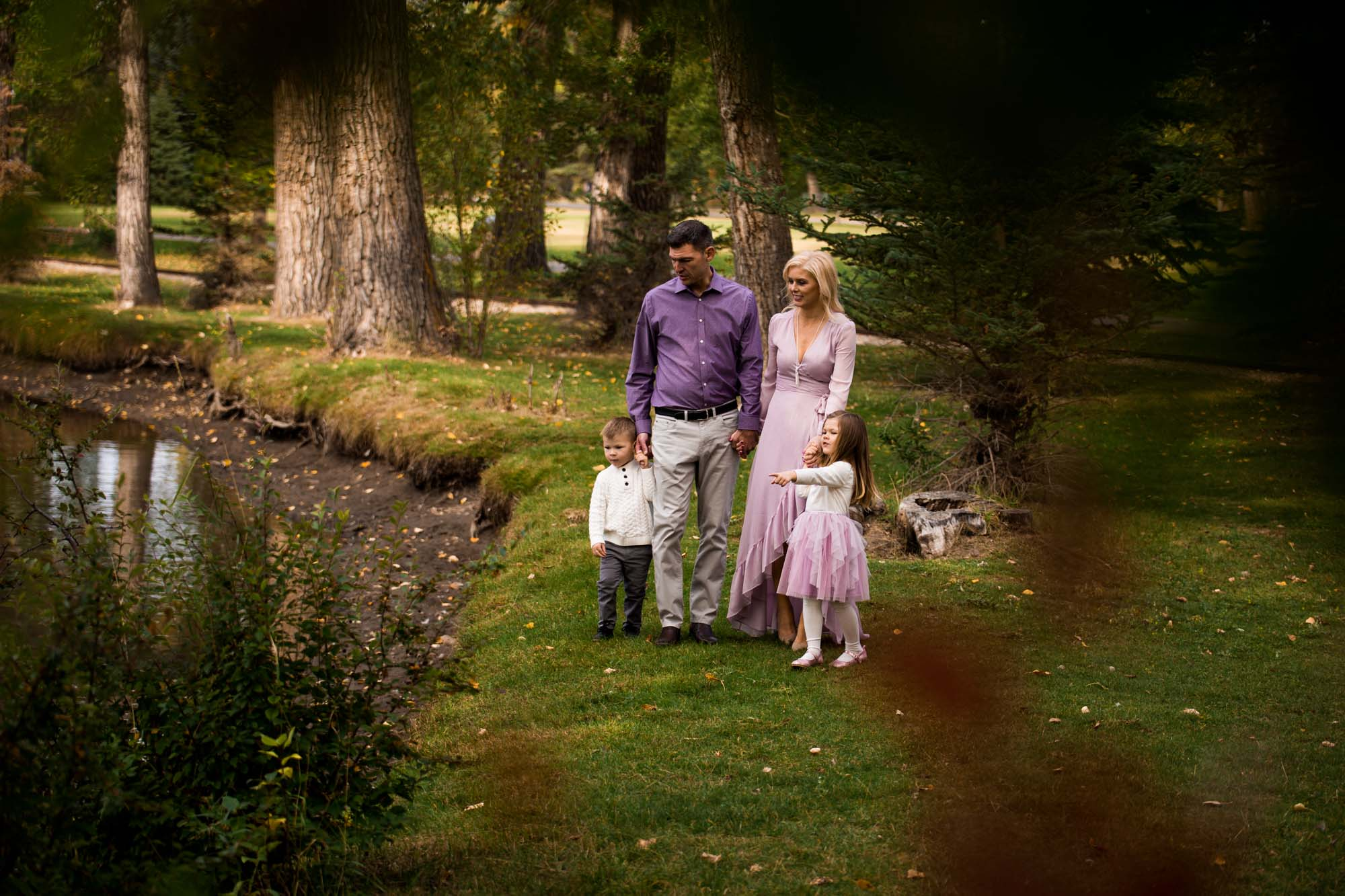Calgary family photographer - family photography at Bowness Park