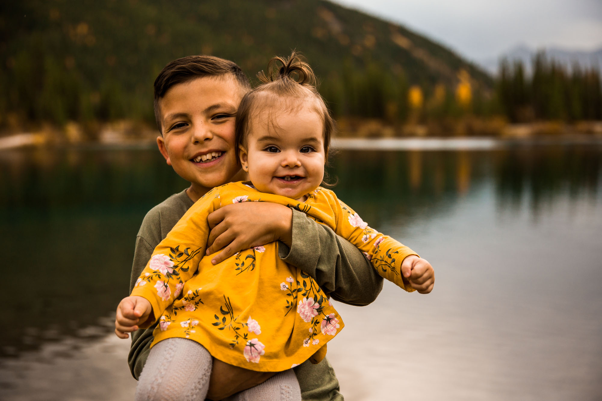 Calgary family photographer - Kananaskis family photography