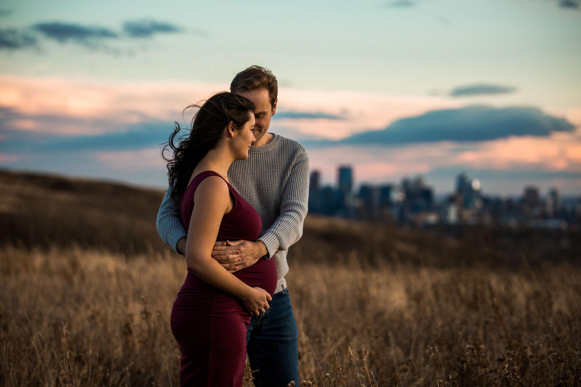 Calgary family photographer - Nose Hill Park Maternity Photography