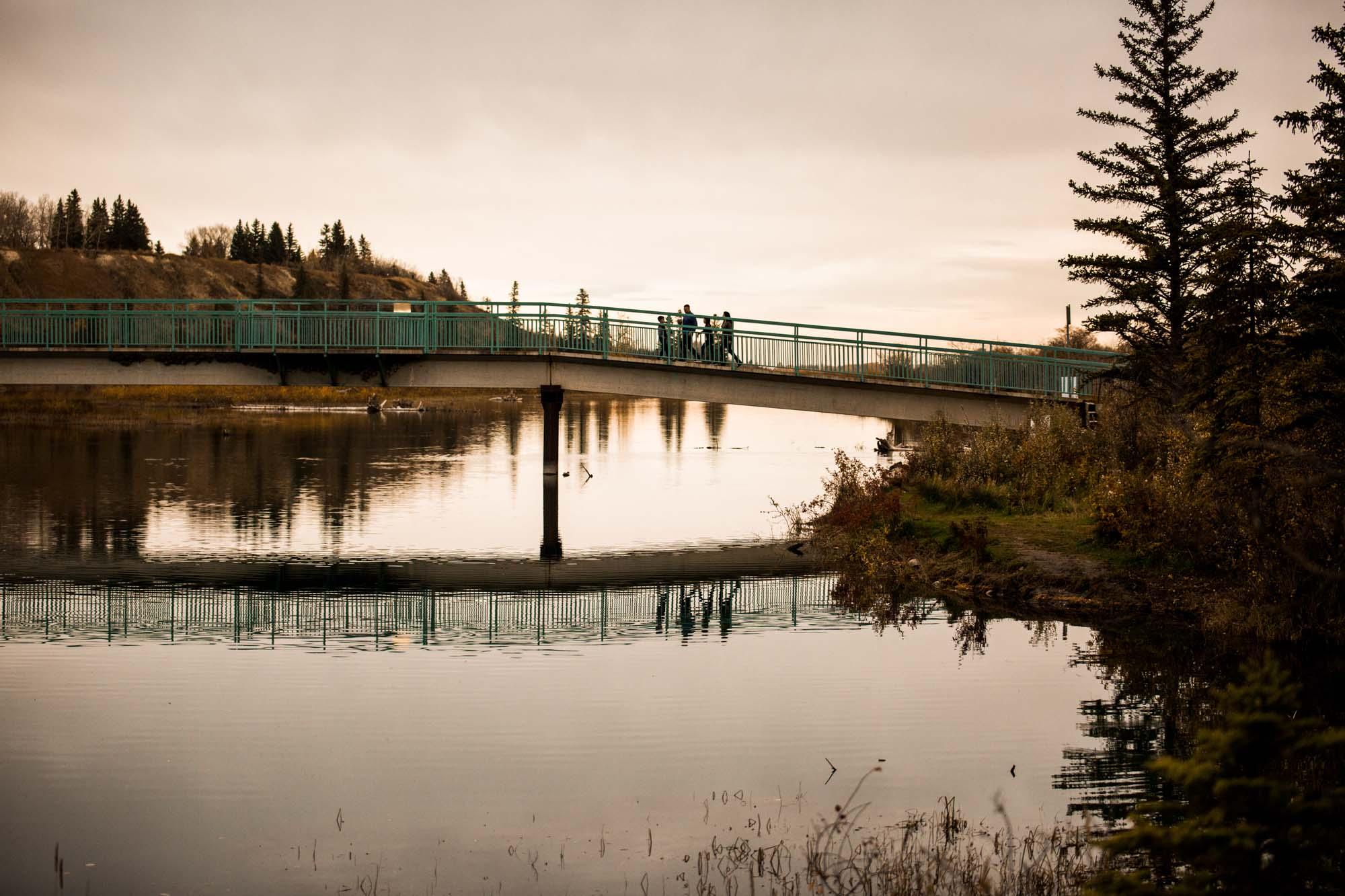 Calgary family photographer - family photography at Weaselhead Flats