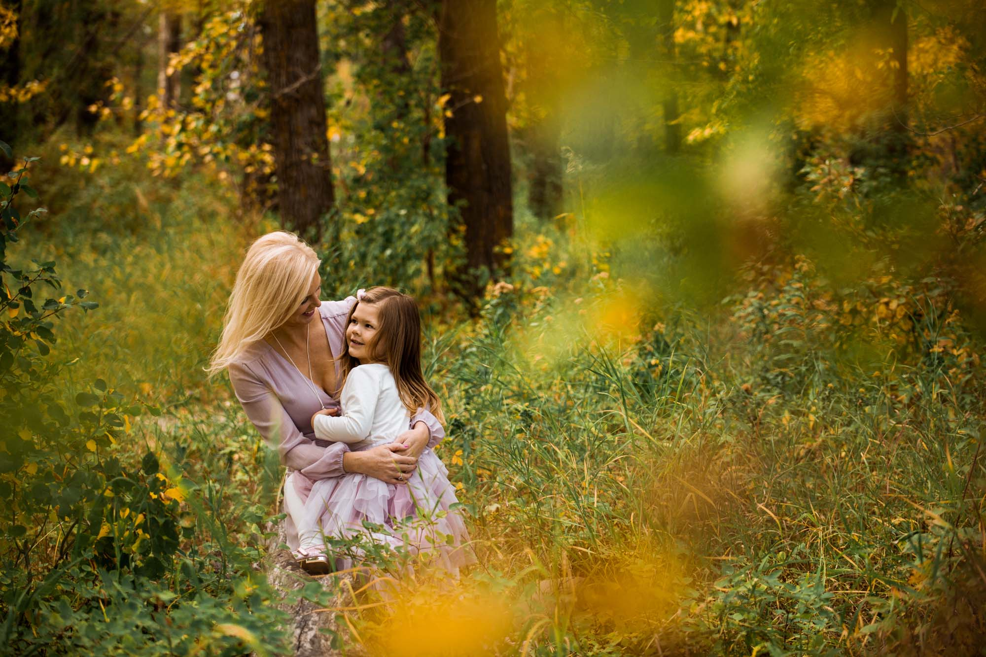 prompts for natural family photos - Calgary family photographer