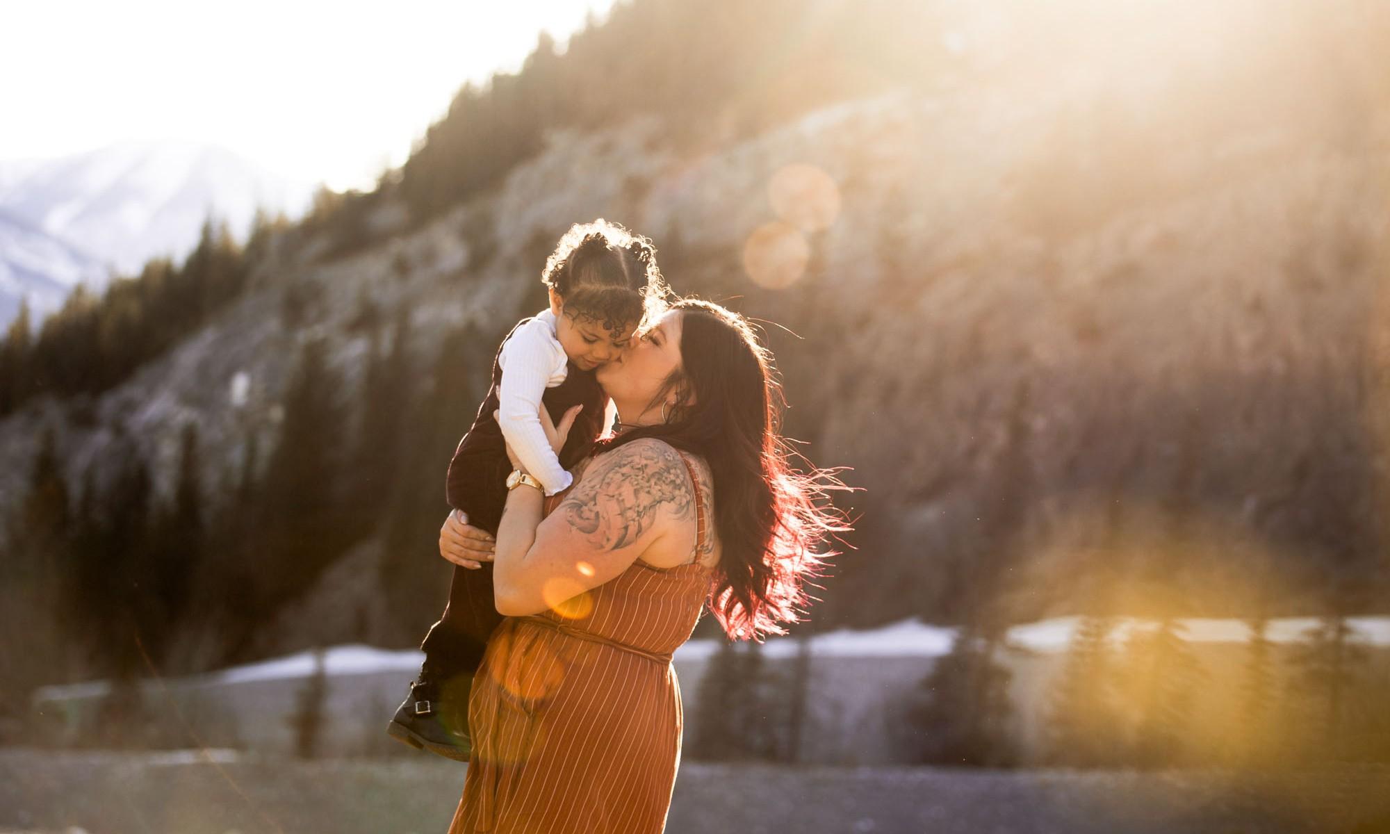 Calgary and Kananaskis mountains family photographer - family photos at sunset