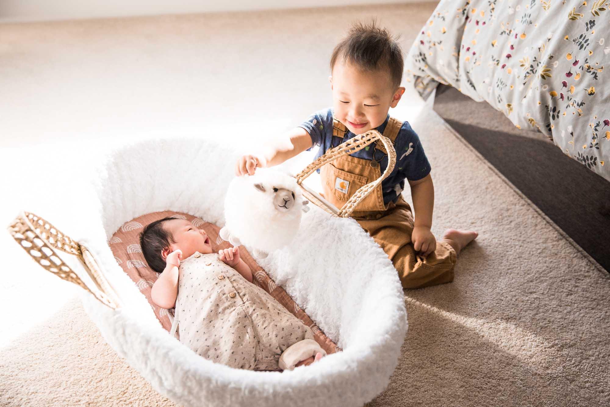 Calgary lifestyle newborn photographer - newborn baby with her family